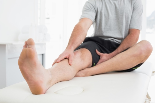 varrásos fájdalom a nagy lábujjak ízületeiben