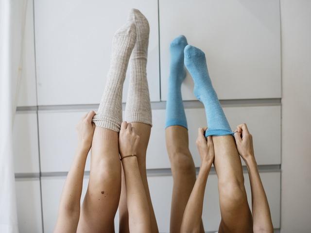 a lábak duzzadt ízületeinek kezelése