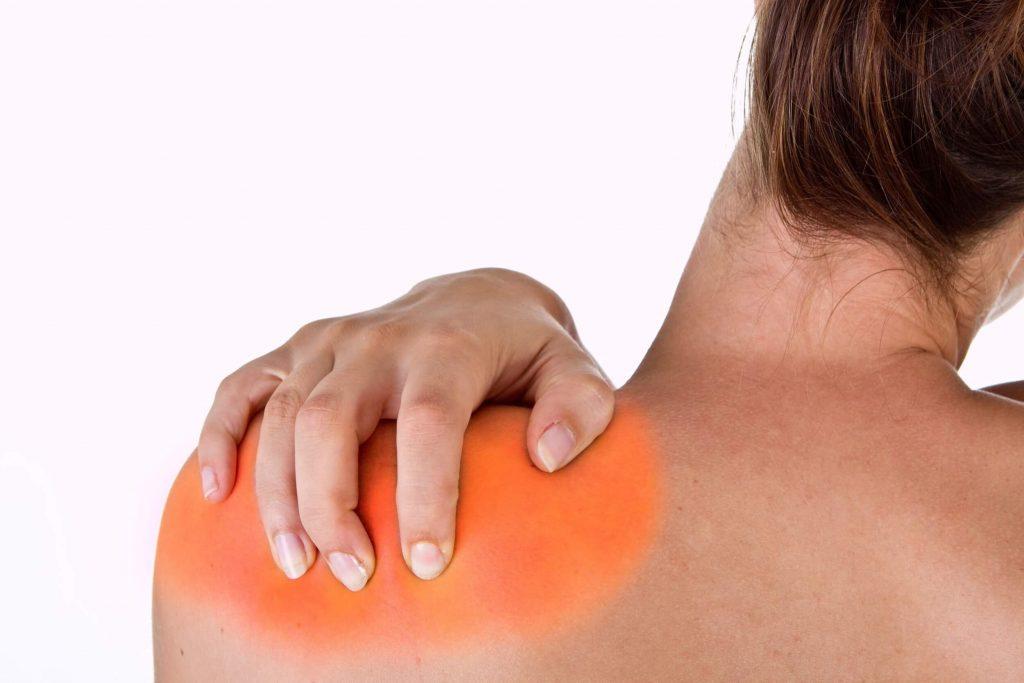 ízületi váll fájdalom fáj a karját nagyon nehéz felemelni