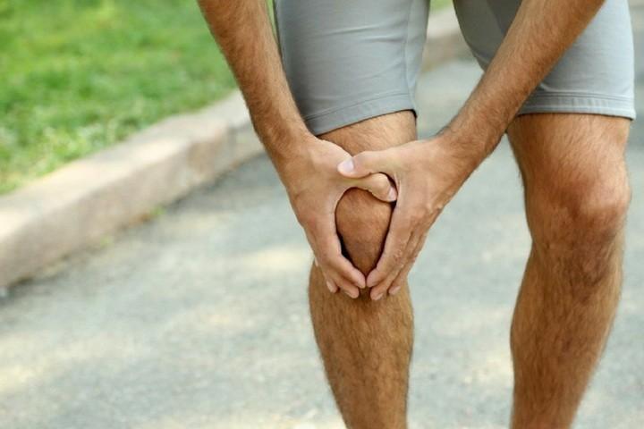 a lábak ízületeinek összeroppantása