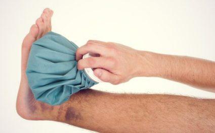 fáj a kisujj lábán lévő ízület