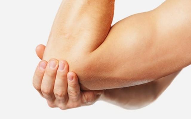 ízületi gyulladás jelei a kezén