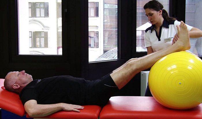 fájdalom csípőízület artrózisával)