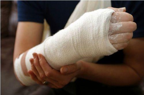 a kar meghajlítása a könyökízületi fájdalomnál