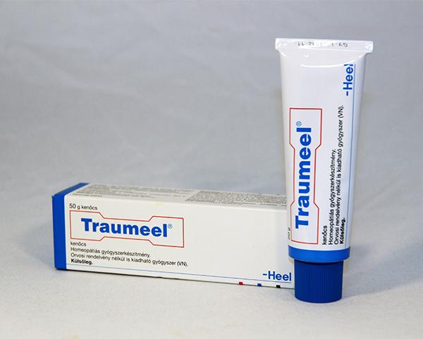 homeopátiás kenőcs ízületi fájdalmak esetén a bal csípőízület ízületi kezelése