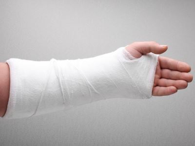 mit kell tenni a kézízületek fájdalmán duzzadt és fájó bokaízület, mint kezelni