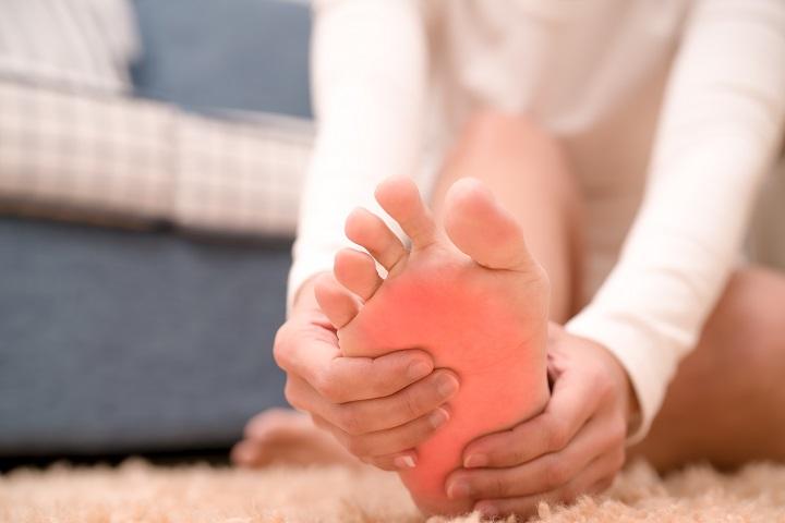 ízületi duzzanat a láb erysipelasával