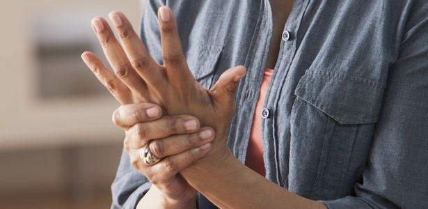 ízületi gyulladás fáj vissza