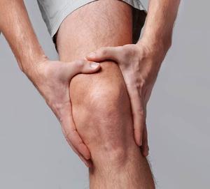 a térd életkorral összefüggő betegségei derékfájás a csípőízületek betegségeiben
