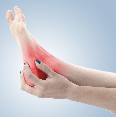 hogyan lehet gyógyítani a boka fájdalmat)