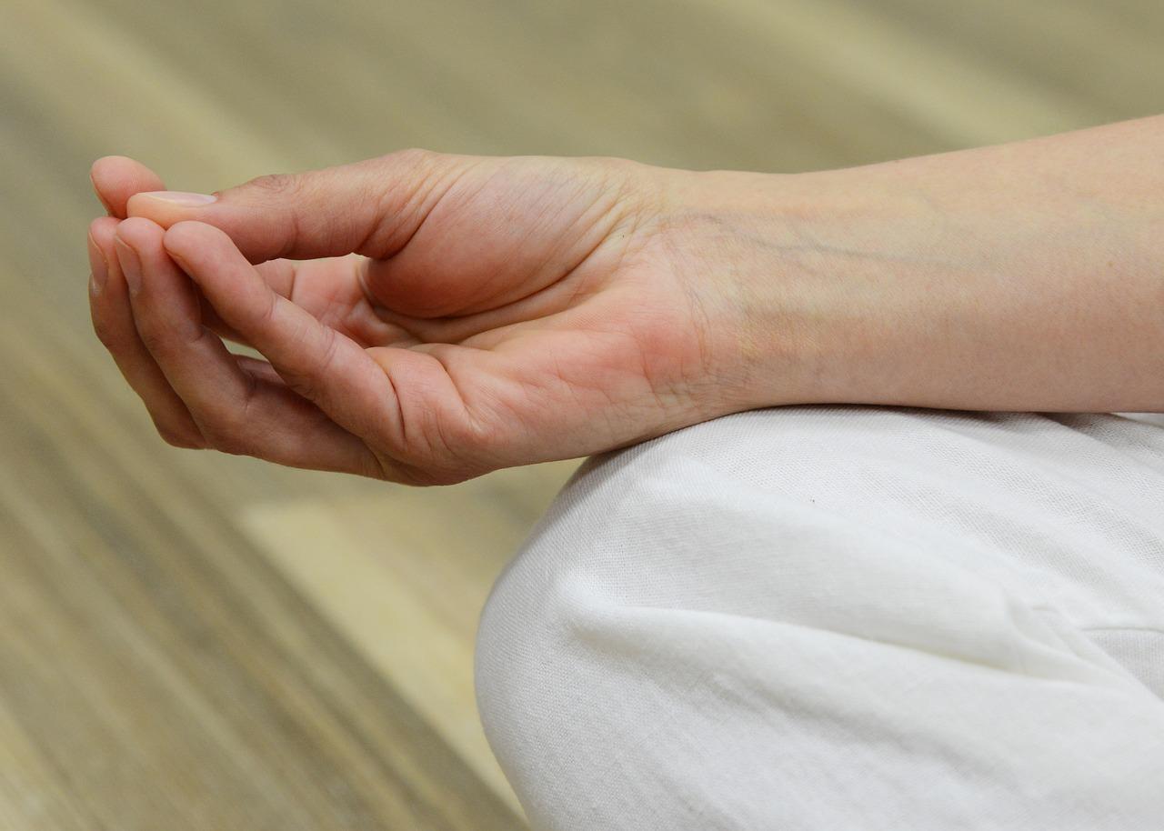 A Bechterew-kór és tünetei - fájdalomportározsakert-egervar.hu