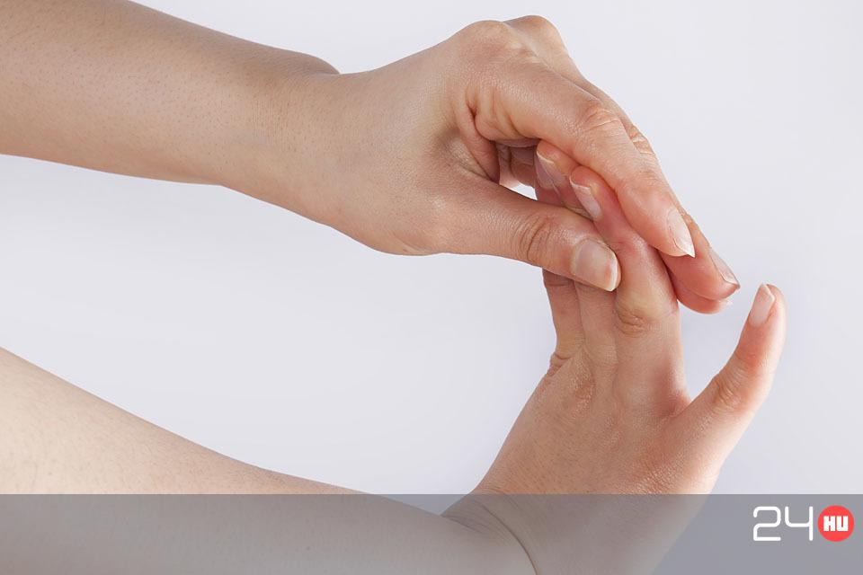 az ujjak interfalangeális ízületei fájnak