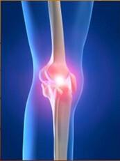 orvos kezeli a csontok és ízületek fájdalmait